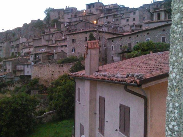 """Oggi alle ore 18.00 Pietrasecca e Tufo a """"L'Abruzzo in ..."""