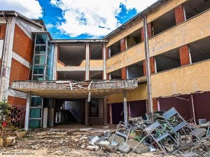 scuola media demolizione