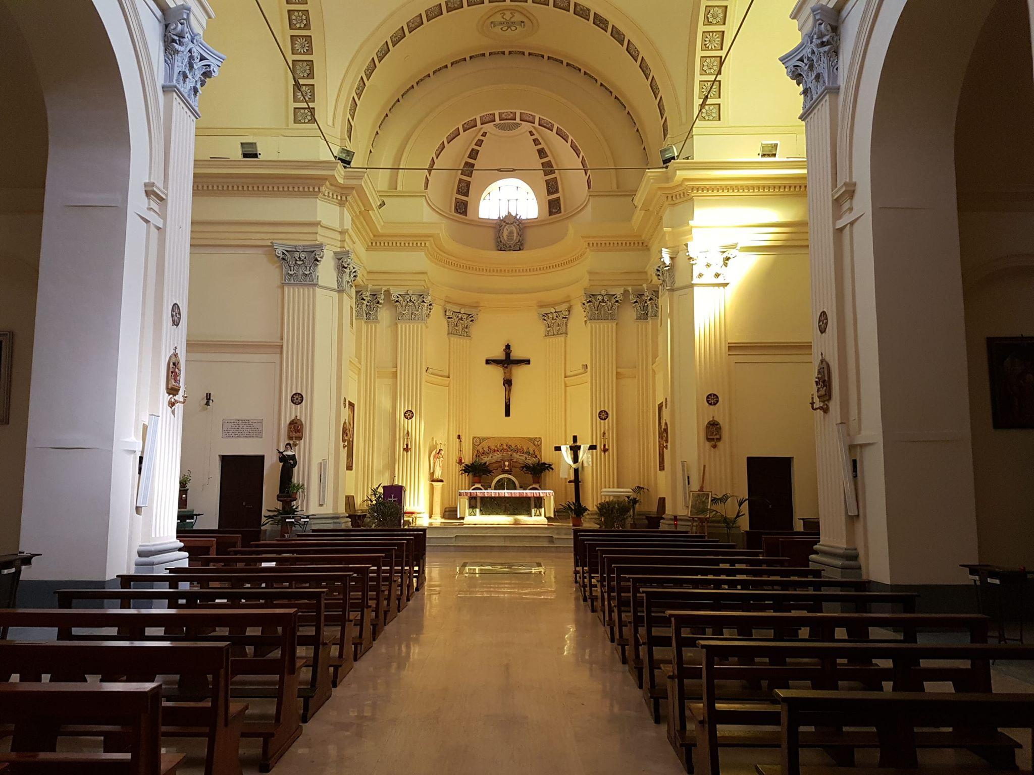 interno chiesa s andrea