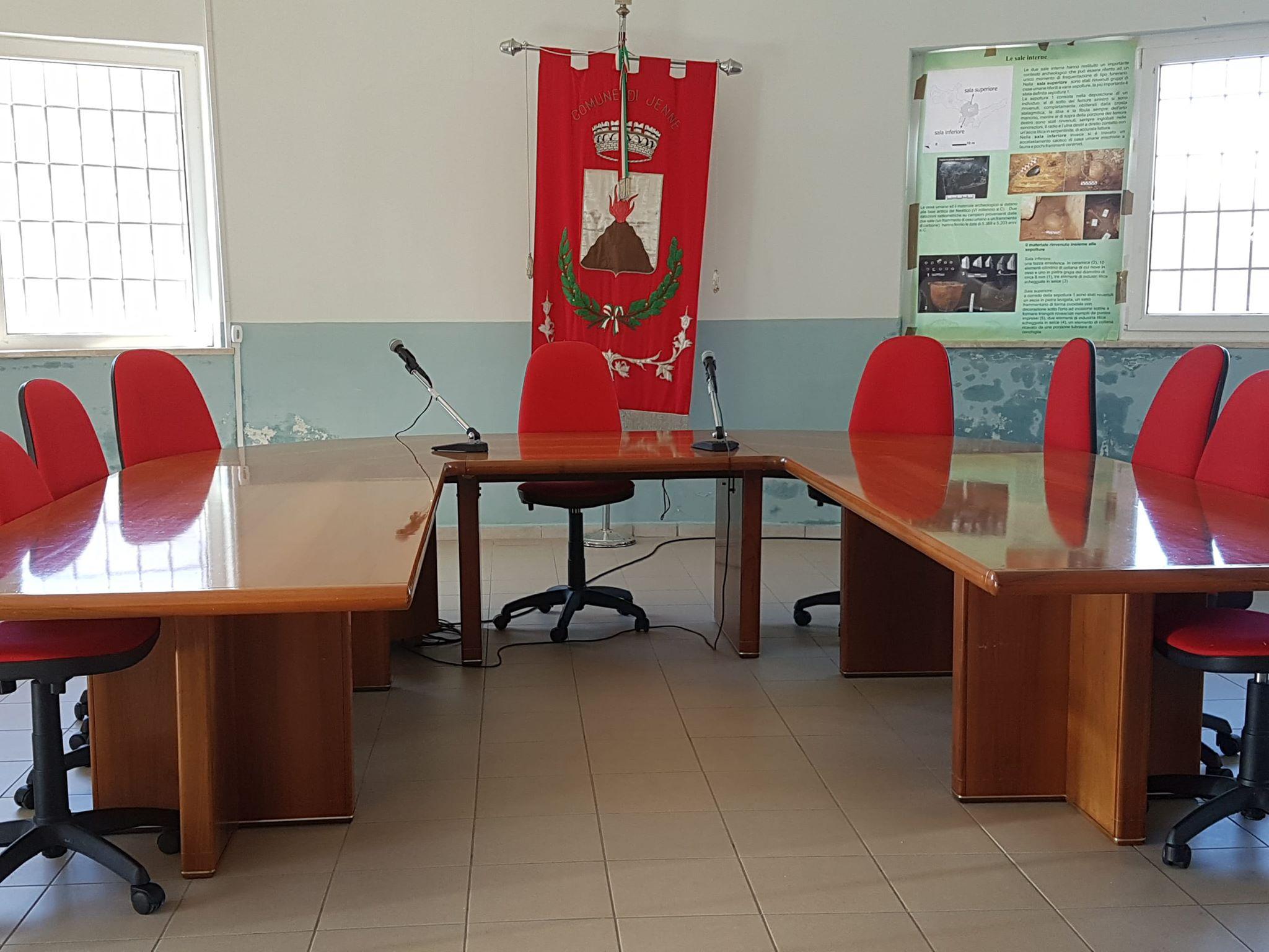sala consiliare jenne
