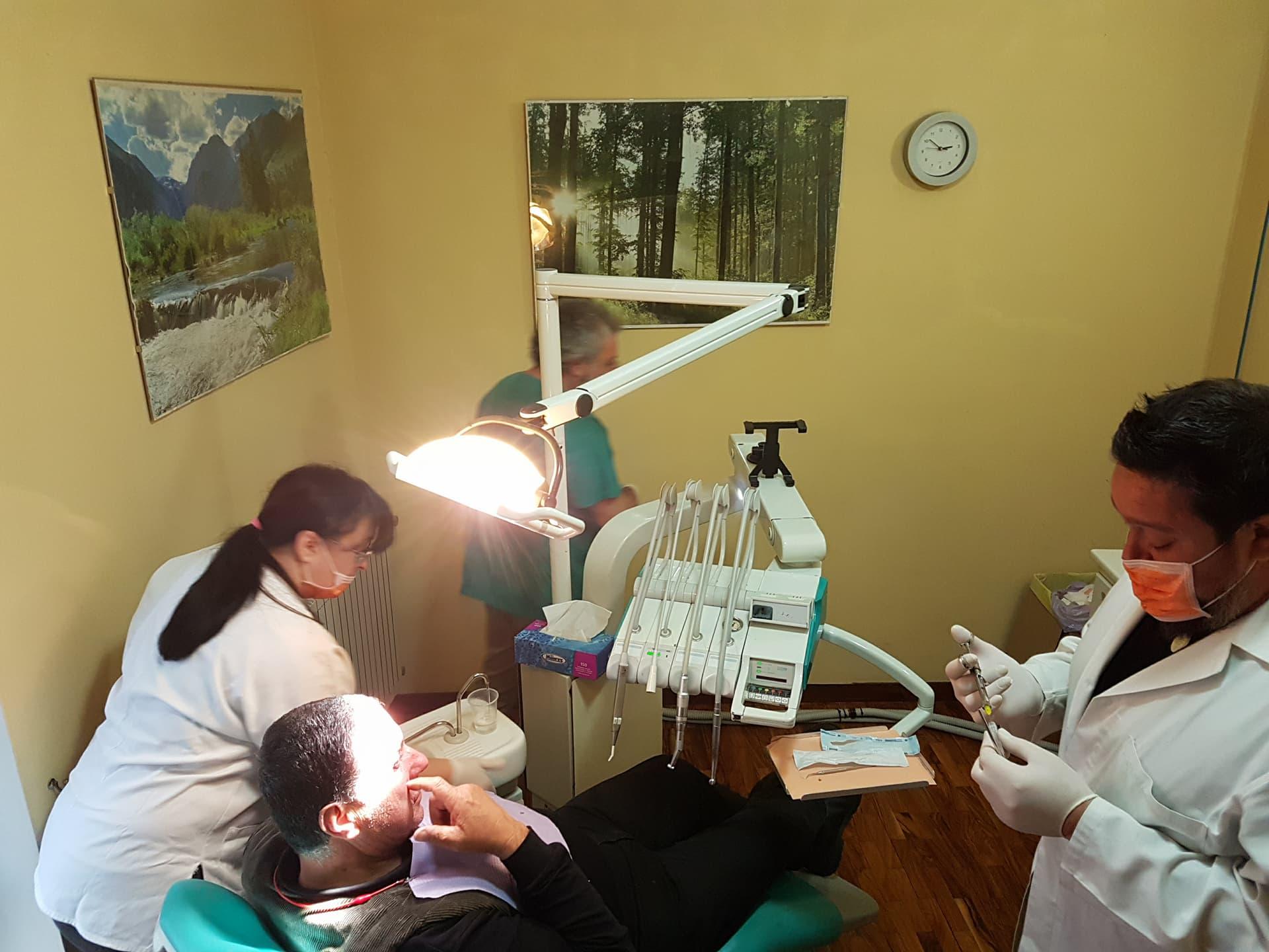 studio odontoiatrico pereto 9